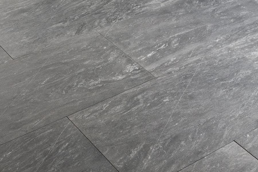 Pavimento grigio chiaro. free room settings with pavimento grigio